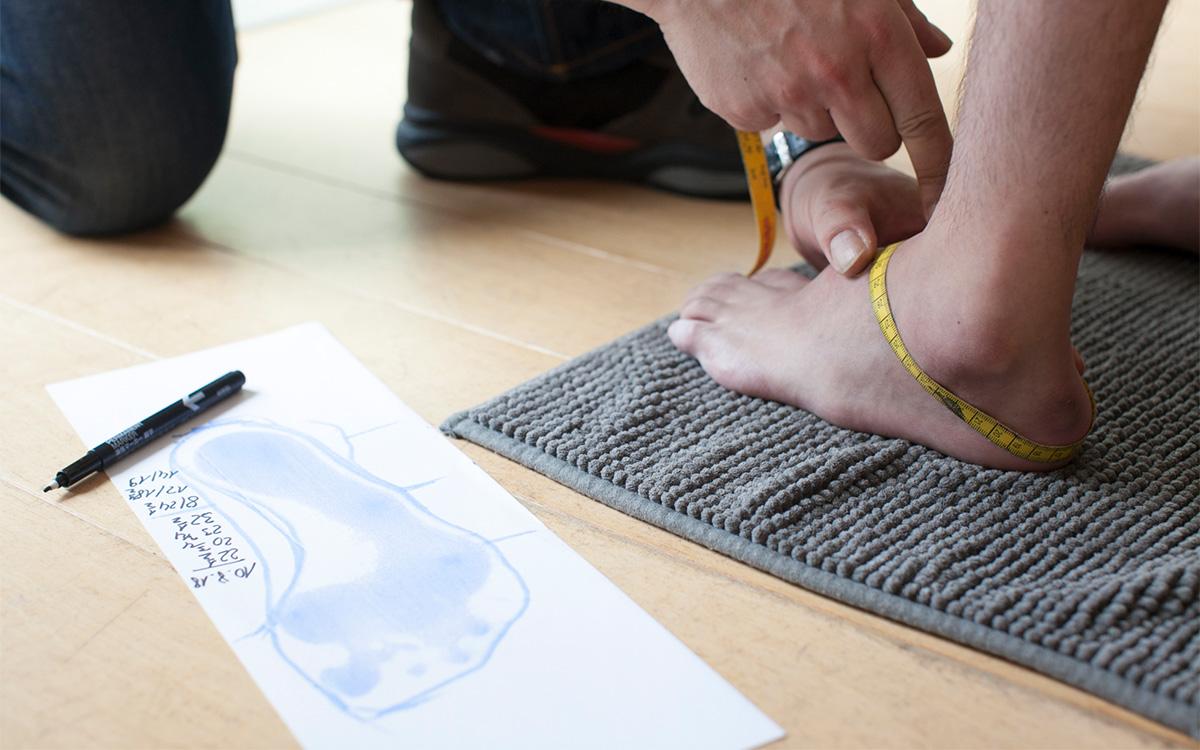 矯正靴の制作手順 採寸